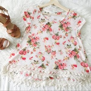 Floral knit tee with lace